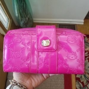 Hello Kitty Hot Metallic Pink Wallet